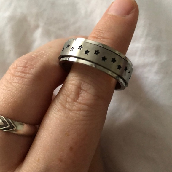 Jewelry - Spinner Ring with Stars
